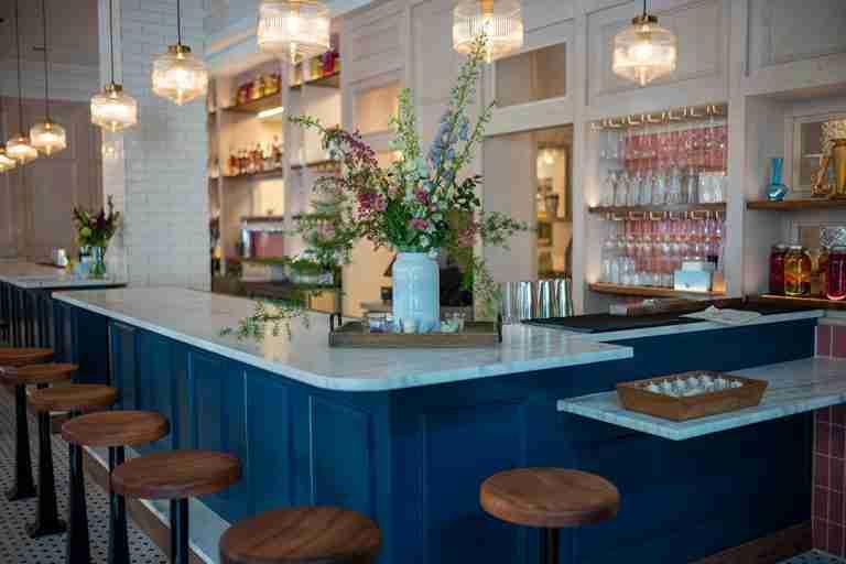 Screen Door Pearl Bar