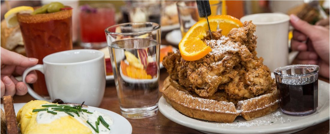 Chicken & Waffles Breaksfast
